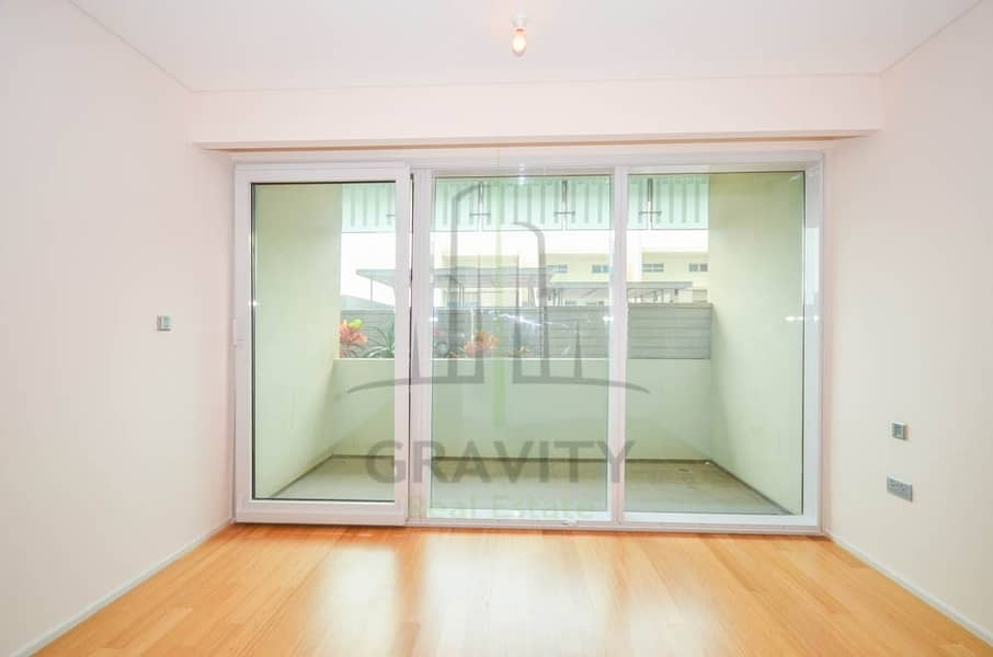 31 Good Deal | Dazzling 2BR Apt | Move in Ready