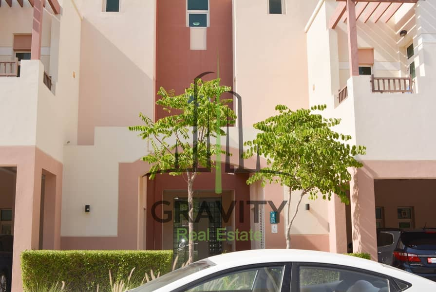 Hot Deal! Amazing 2BR apartment w/ balcony