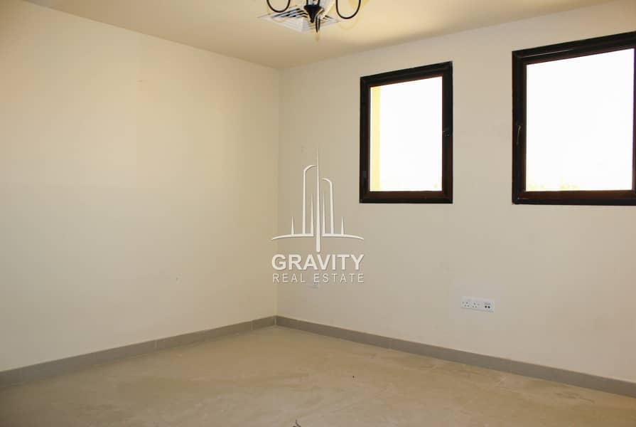 11 HOT DEAL |Vacant Now 3 BR Villa | Inquire Now