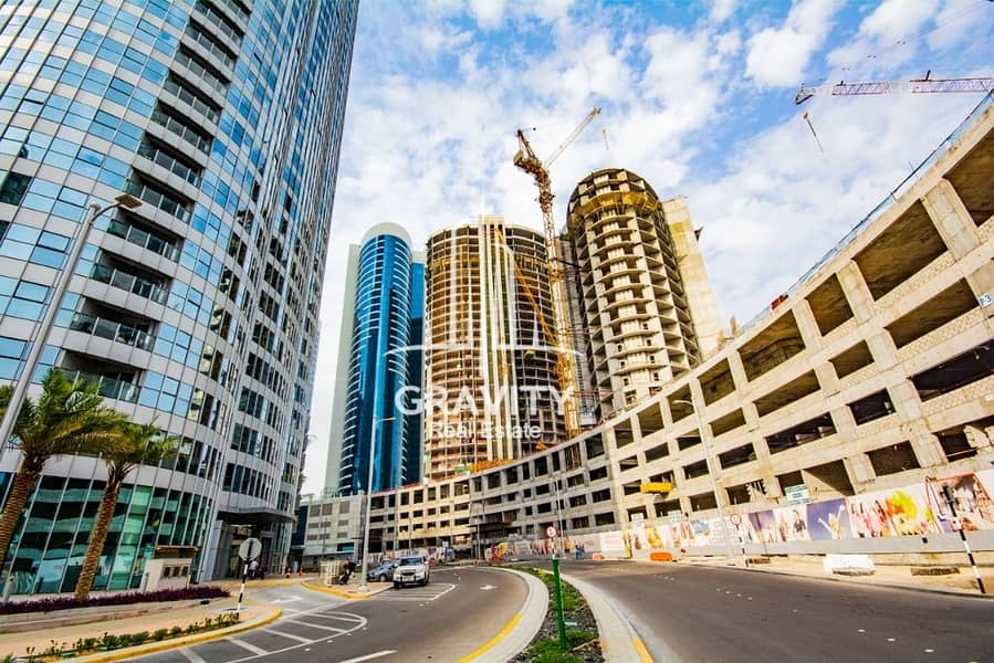 10 When luxury meet comfort ideal for investors Studio in Hydra Avenue