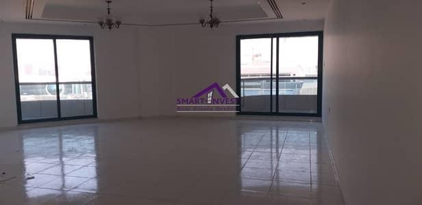 2 Bedroom Apartment for Rent in Bur Dubai, Dubai - Unfurnished 2 BR Apt for rent in Al Mankhool