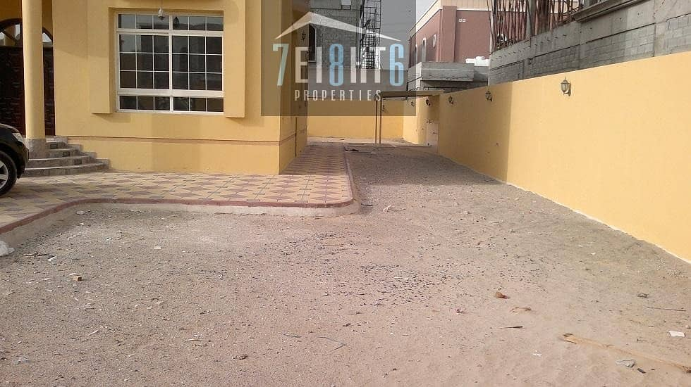 10 5 b/r indep good quality villa with 3 living rooms + jacuzzi + large garden