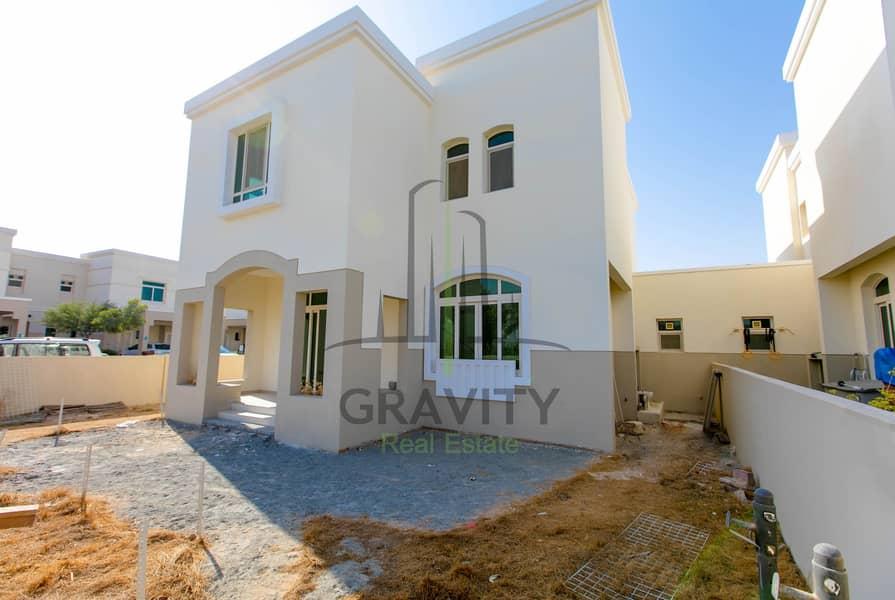 فیلا في الغدیر 3 غرف 99999 درهم - 4663784
