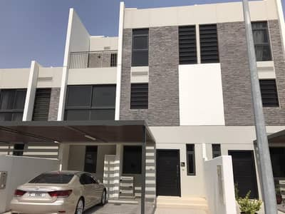 1  - MONTH FREE -  C L A R E T - BRAND NEW 5 BEDOOM + MAID VILLA FOR RENT