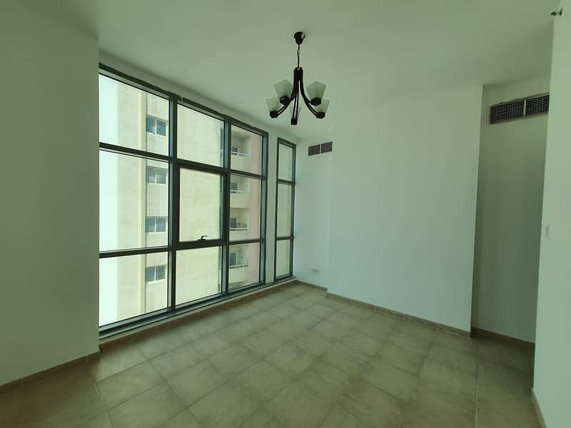 BOOK TODAY! Brand New 1BHK! CHILLER AC