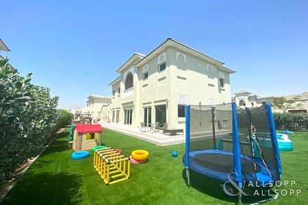 فیلا 4 غرف نوم للبيع في الفرجان، دبي - Large Corner Plot | Type A Villa | 4 Beds