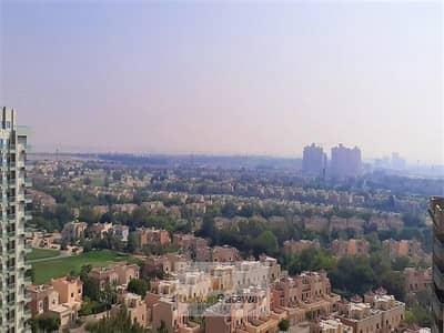 فلیٹ 2 غرفة نوم للبيع في مدينة دبي الرياضية، دبي - Golf View-Very Bright  2 Bedroom Affordable Price