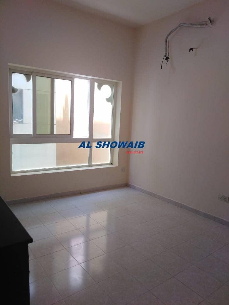 Commercial / Residential Studio Near Nakheel Center Naif Deira