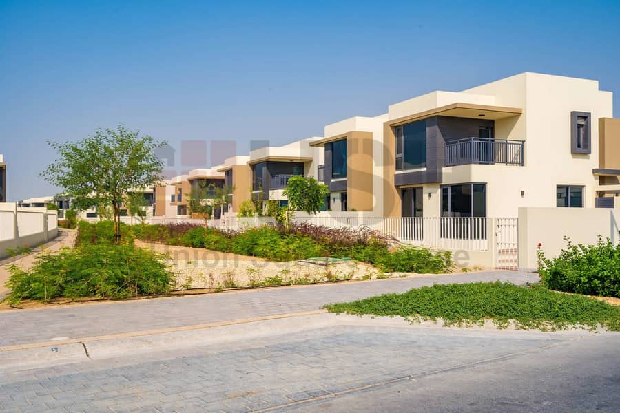 2 brand New 5Bedroom with Maidroom at Maple Dubai Hills