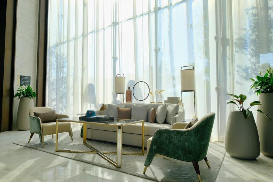 28 Burj Khalifa View | Infinity Pool | Rent Online