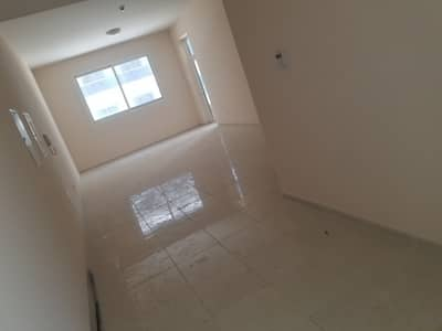 BRAND NEW SPACIOUS 1BHK WITH ONE MONTH FREE + PARKING FREE + GYM POOL FREE NEAR TO CITY SCHOOL EASY ACCES TO MAIN ROAD ONLY IN 36K