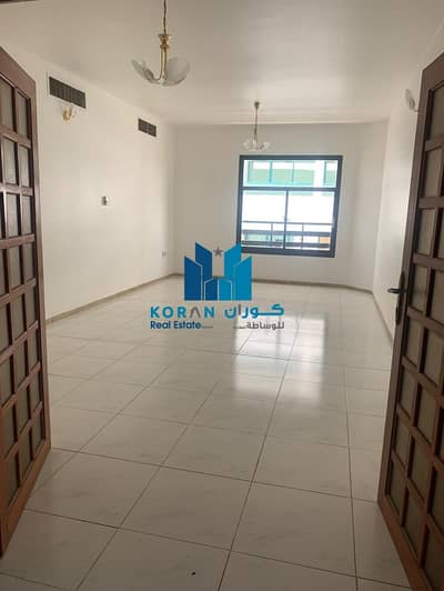 CHILLER FREE 2 BHK FOR PHILIPHINO EXECUTIVES  PARTITION ALLOWED