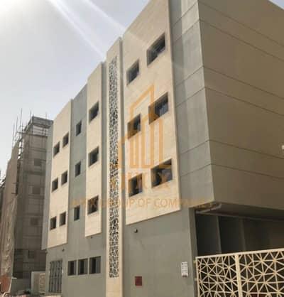 سكن عمال  للايجار في جبل علي، دبي - Call Apex Dream Real Estate High Quality Staff Accommodation in Jebel Ali AED 1799