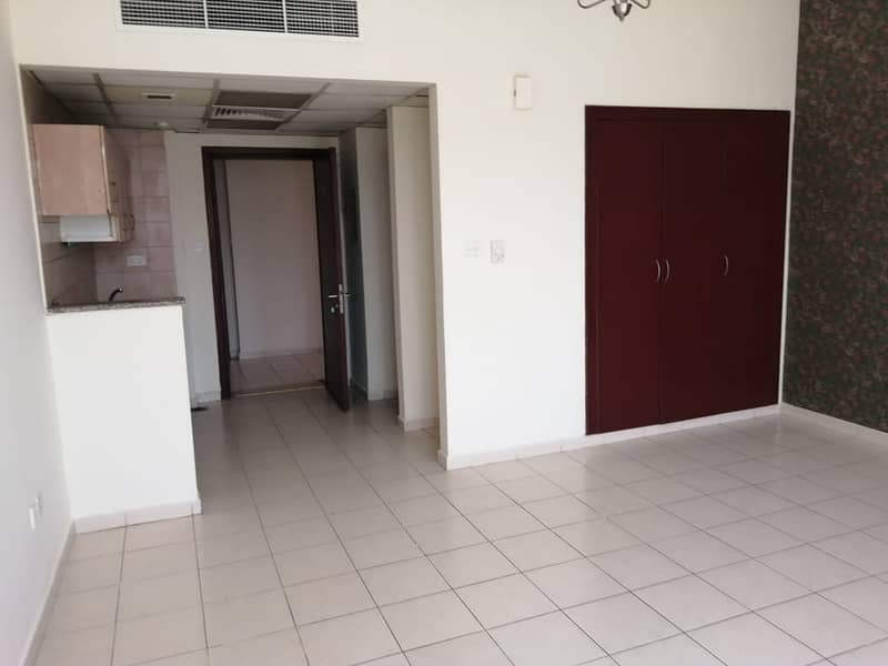 ENGLAND CLUSTER: STUDIO APARTMENT AVAILABLE FOR RENT IN INTERNATIONAL CITY