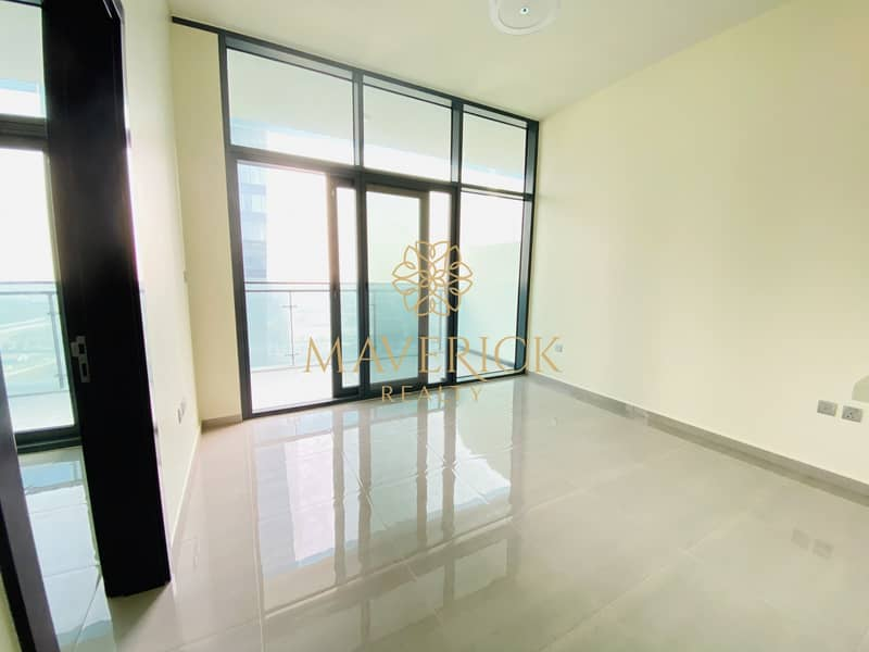 2 Brand New 1Bed   Near Metro   Canal View