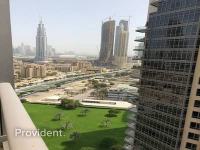 1 Bedroom Flat for Rent in Downtown Dubai, Dubai - Largest Layout! High Floor | Unfurnished