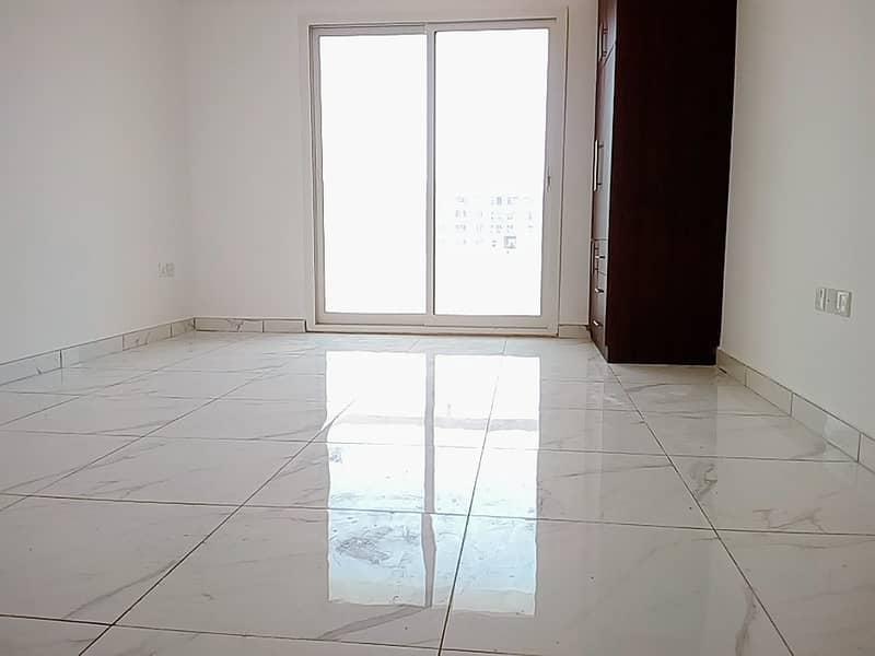 شقة في ورسان 4 الورسان 25000 درهم - 4560009