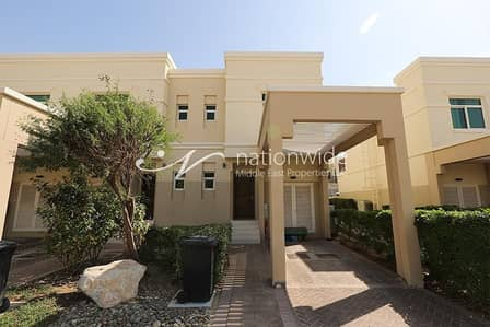 2 Bedroom Townhouse for Sale in Al Ghadeer, Abu Dhabi - Good Deal! Exceptionally Spacious Townhouse