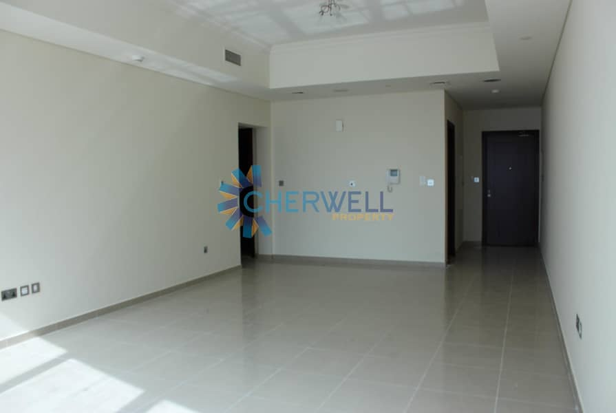 2 Hot Deal | Great Price | Sophosticated Family Apartment