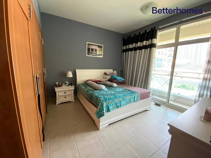 Unfurnished   Near Metro   Spacious   Easy Viewing