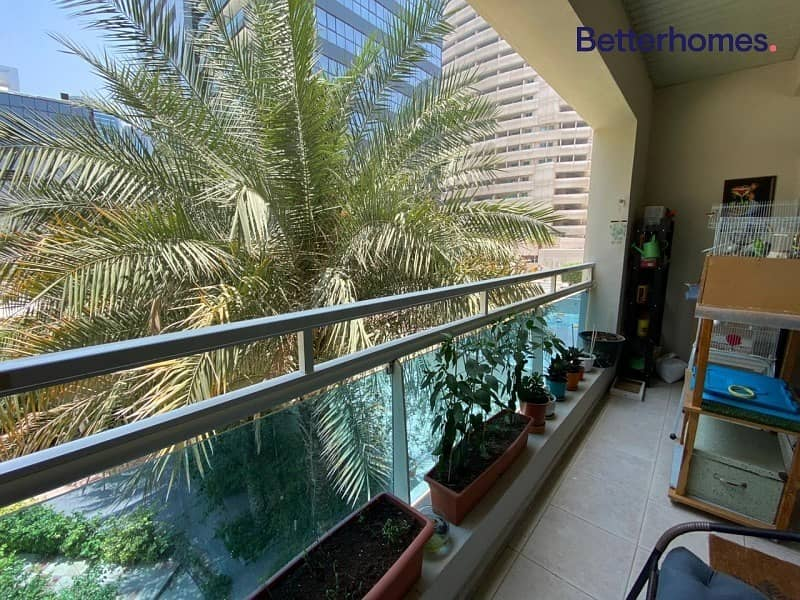 10 Unfurnished   Near Metro   Spacious   Easy Viewing