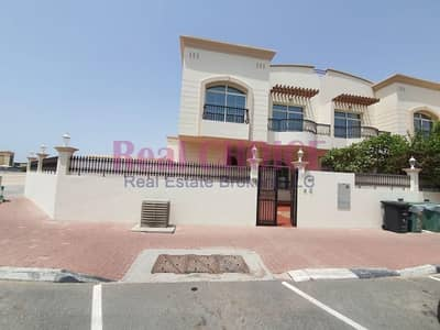 3 Bedroom Villa for Rent in Jumeirah, Dubai - Amazing Villa | Well Maintained | Great Location