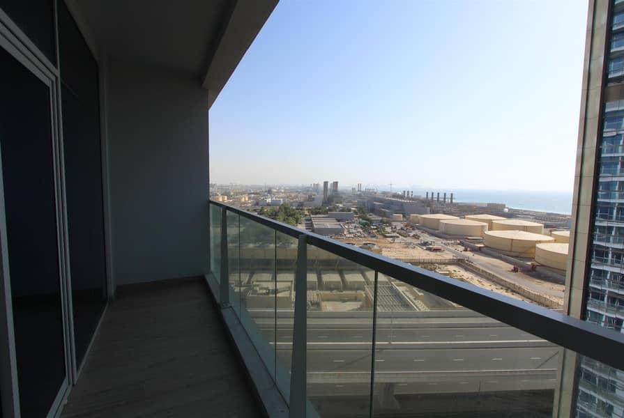 10 Spacious Studio   Marina & Sea View   4Cheques