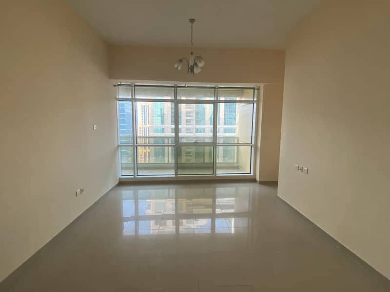 Metro Building  1 Bedroom balcony lake view multiple cheques