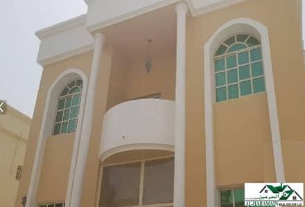 فیلا 5 غرف نوم للايجار في الروضة، عجمان - فیلا في الروضة 1 الروضة 5 غرف 75000 درهم - 4666193