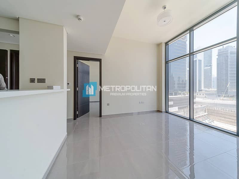 Modern Finish/ Spacious 2Bed /Brand New Handover