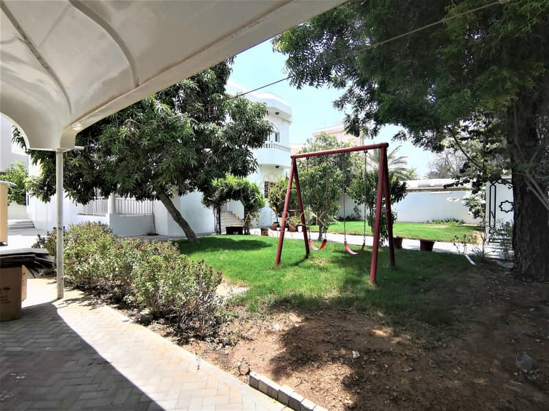 2 Huge 5BR Villa+All Master/R   Private Garden