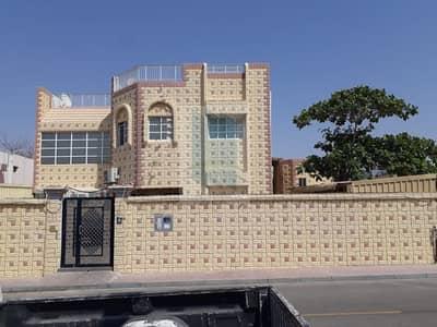 5 Bedroom Villa for Sale in Deira, Dubai - Double floor villa for sale in prime location in Al Wuheida