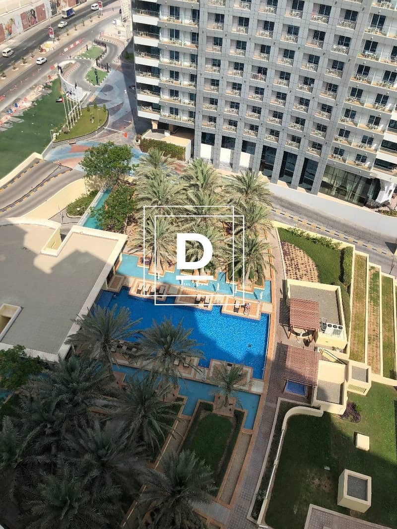 23 Fully Upgraded Luxury Furnished Stunning Penthouse