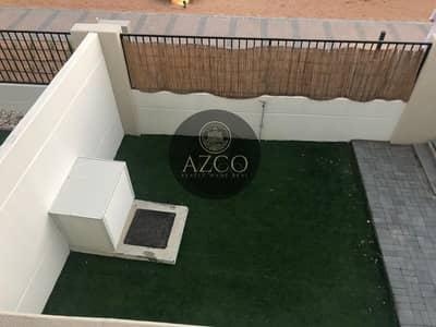 تاون هاوس 3 غرف نوم للايجار في تاون سكوير، دبي - Spacious 3 BR close | Single Row | ready to move