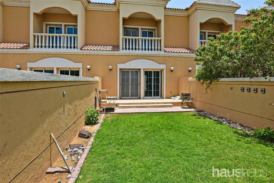 Landscaped   Available Now   1 Bed Townhouse