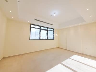 2 Bedroom Apartment for Rent in Al Muroor, Abu Dhabi - Lavish Apartment 2BR with Basement Parking!