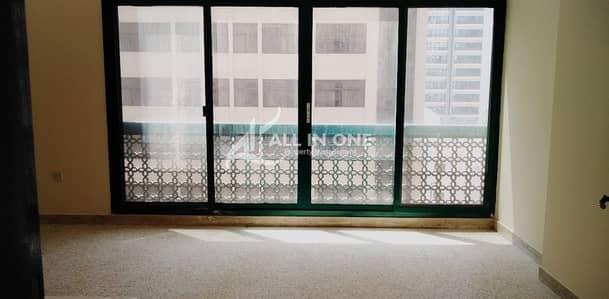 شقة 2 غرفة نوم للايجار في منطقة النادي السياحي، أبوظبي - Price of your Budget! Good Size 2BR in 3 Payments