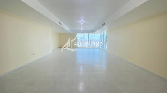 4 Bedroom Apartment for Rent in Hamdan Street, Abu Dhabi - Ample Place to Residential/4BR with Maids Room|Basement Parking!