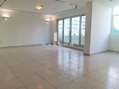 2 Bedroom Flat for Rent in Dubai Marina, Dubai - Large  2BR   Marina View Tower B   2 Parking   Near Metro Station