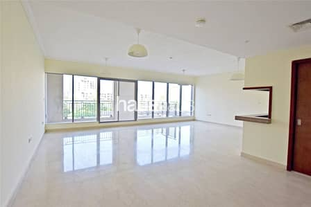 3 Bedroom Villa for Rent in Downtown Dubai, Dubai - Villa   3 Bed + Maid   Garden   Burj Khalifa View