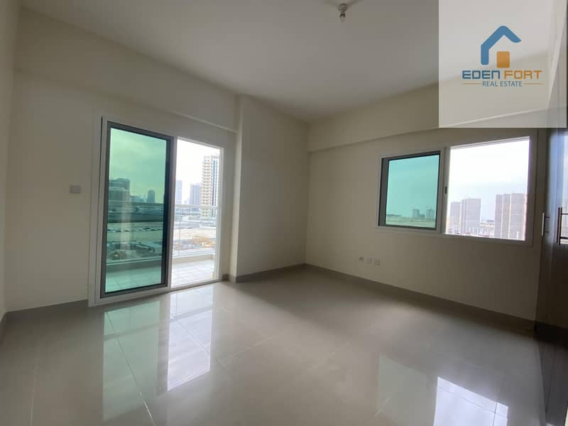 15 READY TO MOVE UN-FURNISHED 1BHK ON HIGH FLOOR