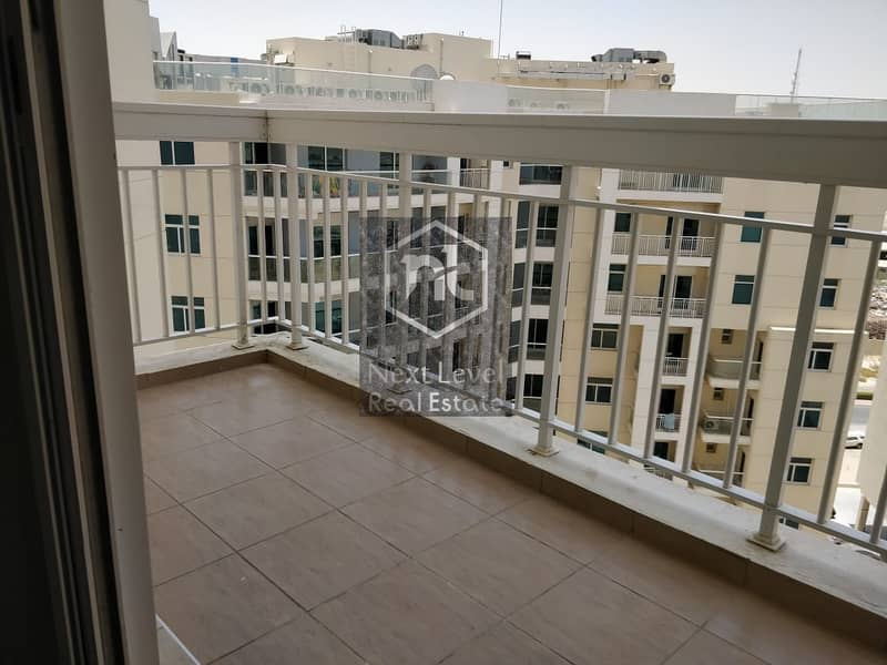 21 Spacious Two Bedroom With Burj Khalifa View For Sale