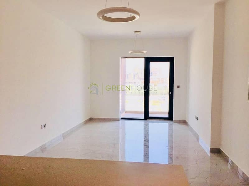2 Extremely Spacious 2 Bed Apt. with Top-Quality Finishes   Open Kitchen