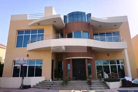 فیلا 6 غرف نوم للايجار في البرشاء، دبي - Huge 6BR+M Villa | Private Pool | Close to MOE