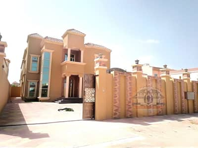 5 Bedroom Villa for Sale in Al Mowaihat, Ajman - Villa for sale in Ajman Super Deluxe finishing close to all services