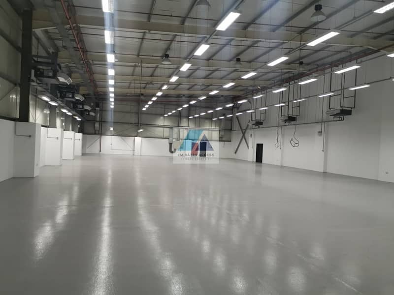 14 000 SQFT in 2 plots warehouse/factory for sale in Dubai with more then 2 megawatt electricity