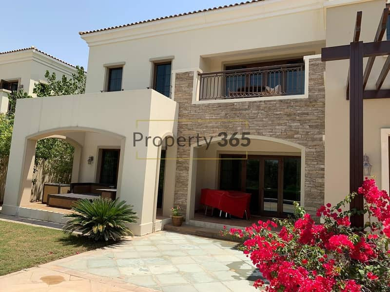2 Stunning 4BR Villa in Murcia with Golf Course View
