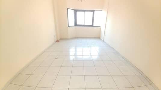 شقة 2 غرفة نوم للايجار في النهدة، الشارقة - شقة في النهدة 2 غرف 29000 درهم - 4668444