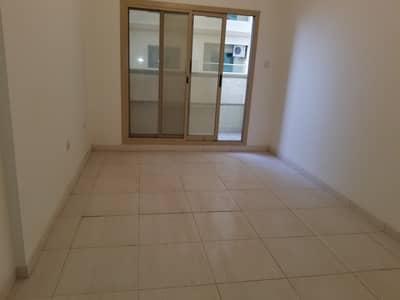 شقة 1 غرفة نوم للبيع في مدينة الإمارات، عجمان - فسيحة 1 غرفة نوم للبيع مع مساحة وقوف السيارات . . . !