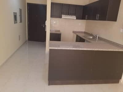 شقة 1 غرفة نوم للايجار في مدينة الإمارات، عجمان - شقة في أبراج أحلام جولدكريست مدينة الإمارات 1 غرف 14000 درهم - 4668526